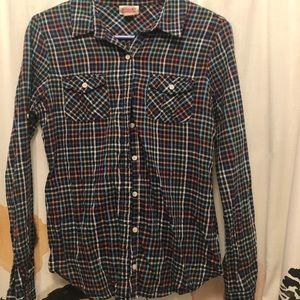 Go to plaid button up shirt